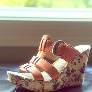 Born Sandals with 4 inch chunky wedge soles